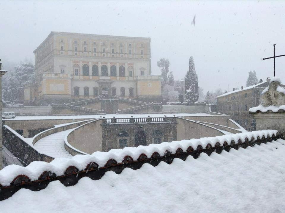 Palazzo Farnese di Caprarola (vt) in veste invernale